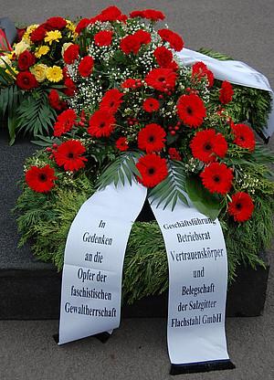 Gedenkveranstaltung f r die opfer des naziregimes ig for Hendrik andriessen miroir de peine